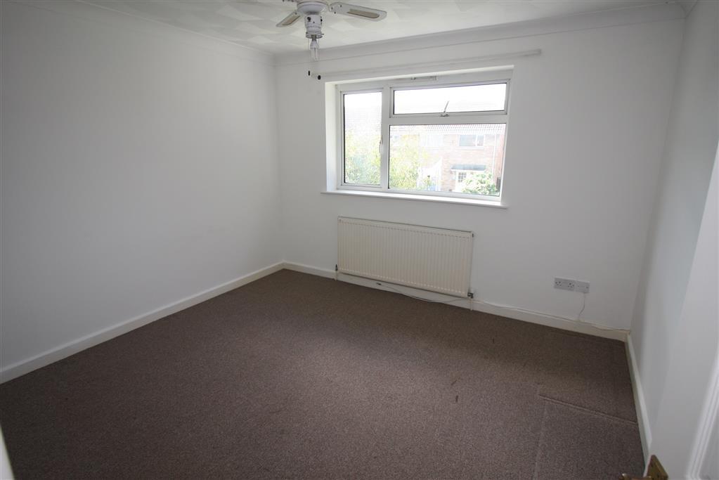 35B Melbourne Road Bedroom