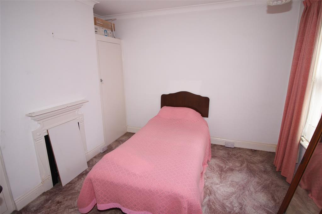 55 Jumpers Road Bedroom