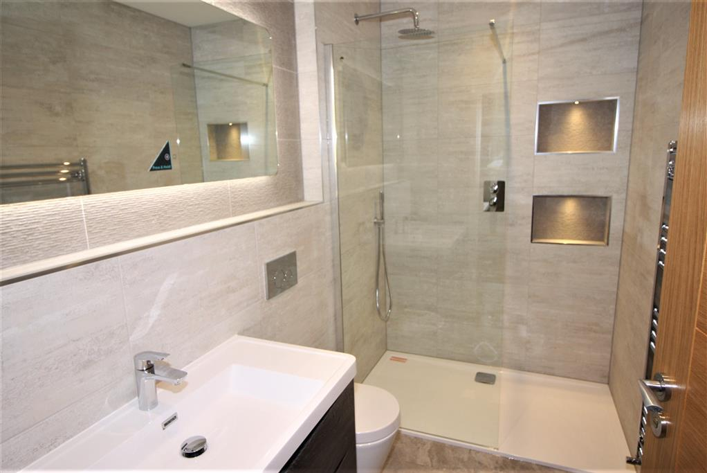 25 Springfield Ave Bathroom