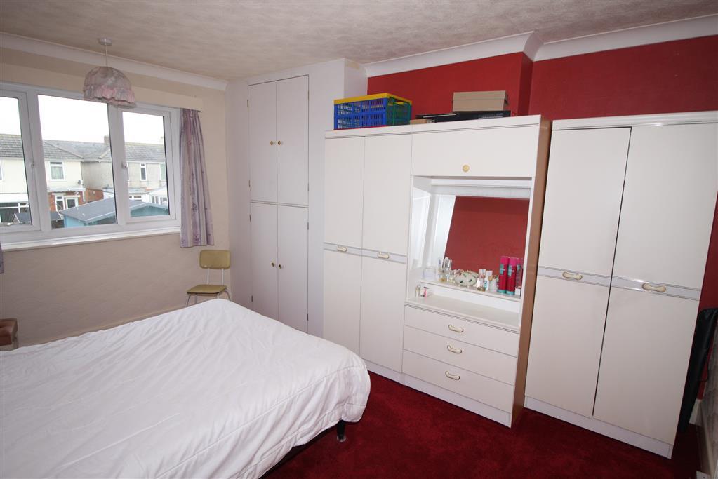 14 Riverlea Road Bedroom