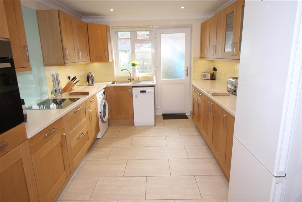 35 Melbourne Road Kitchen