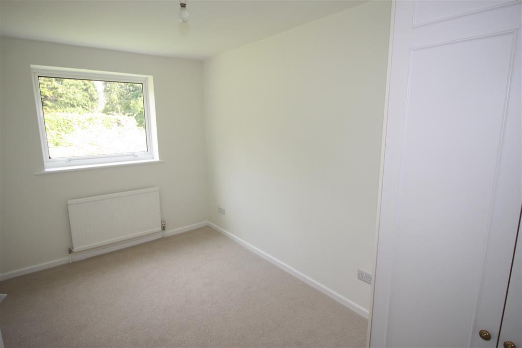 8 Stourbanks Bedroom
