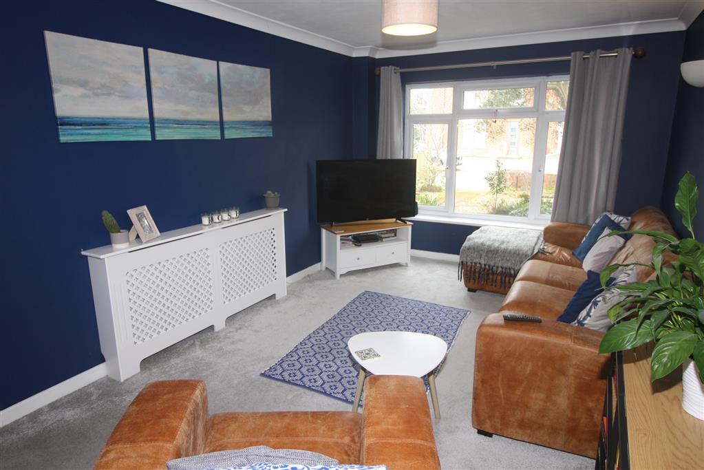 39 Portfield Road Lounge