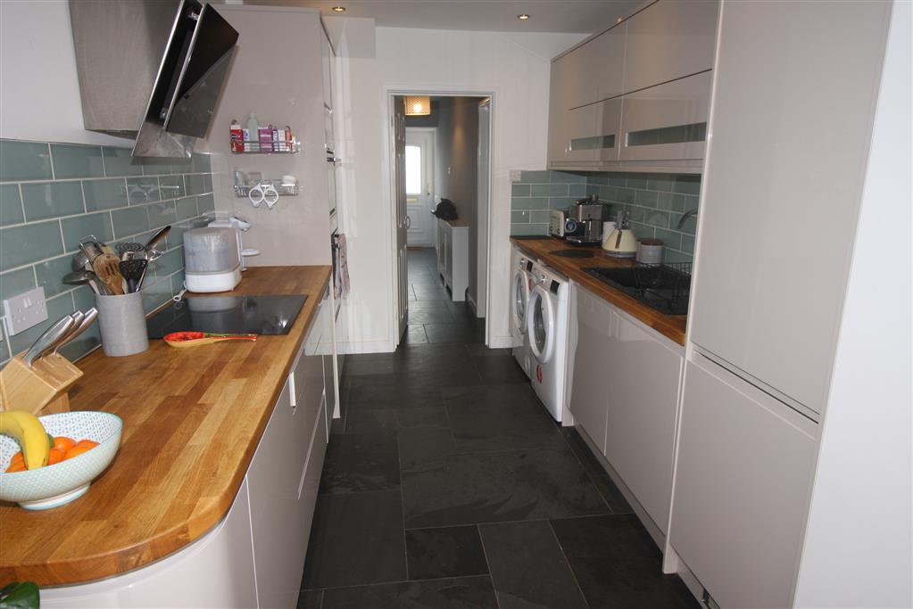 39 Portfield Road Kitchen