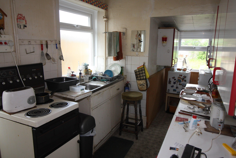 6 Riverlea Road Kitchen